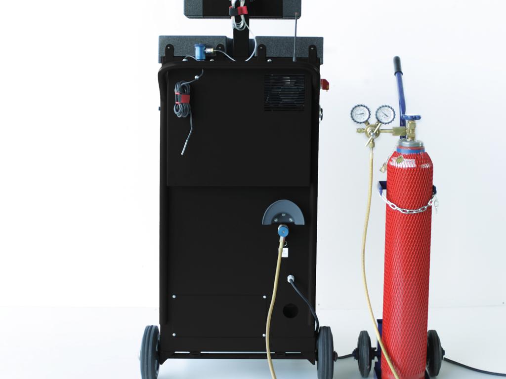 Forming gas/nitrogen cylinder connection